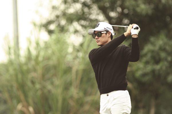 Học chơi golf đến chuyên nghiệp