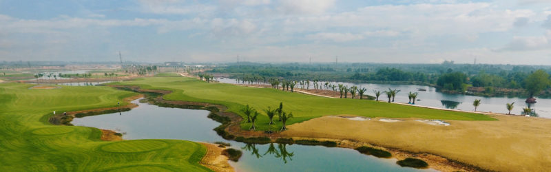 Sân West Lakes Golf Club & Villas Tại Long An