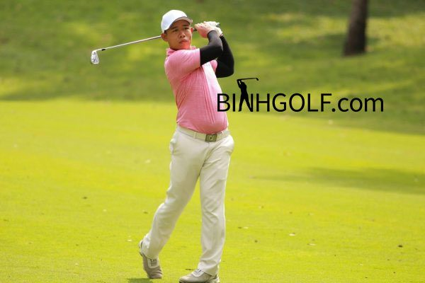 Khoản chi phí tập chơi môn thể thao gôn (golf)