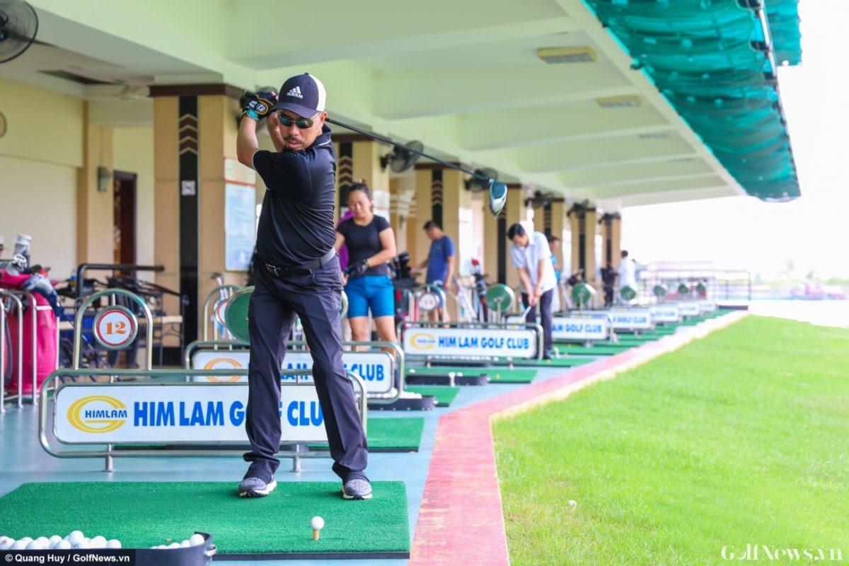 Buổi thử gậy golf Docus Haraken đầy hào hứng của CLB HIO
