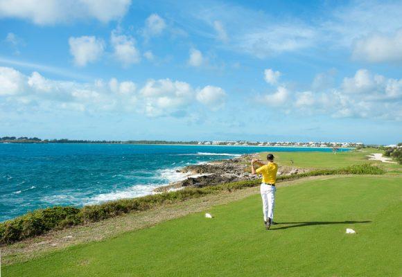 Chơi golf một mình thói quen tốt hay xấu?