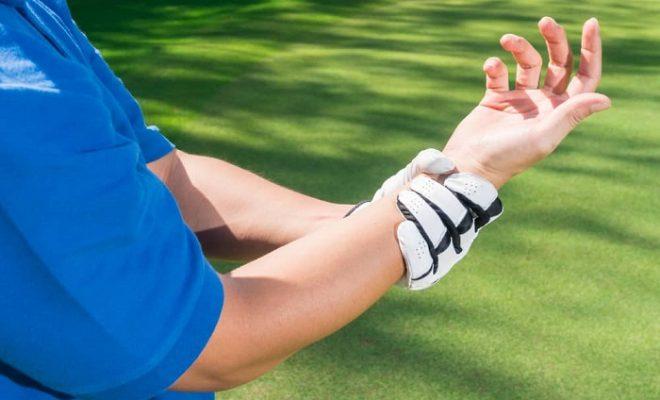 Hướng dẫn cách xử lý chấn thương cổ tay khi chơi golf