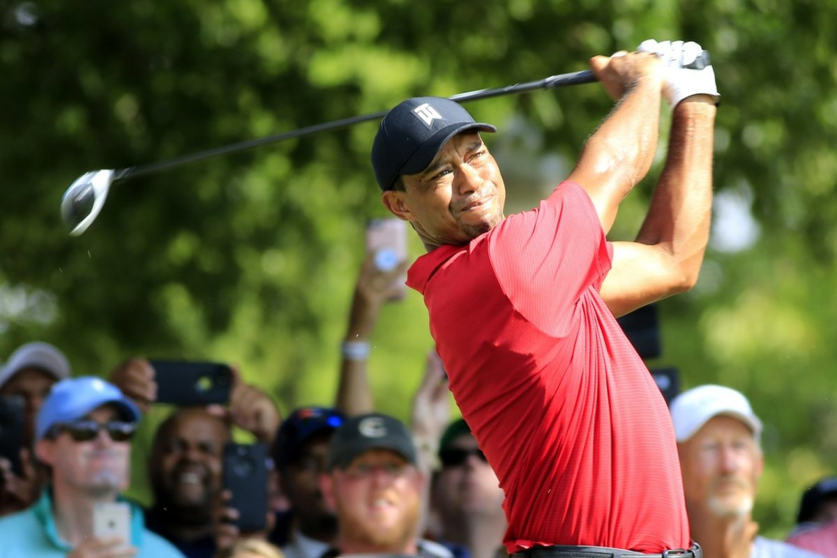 Tiger Woods vẫn đánh bộ gậy golf Taylormade ở Giải Farmers Insurance Open 2019