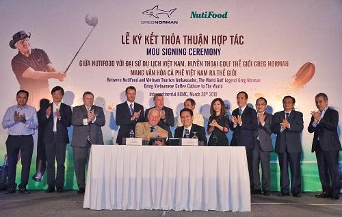 Huyền thoại golf Greg Norman hợp tác cùng Nutifood quảng bá cà phê Việt