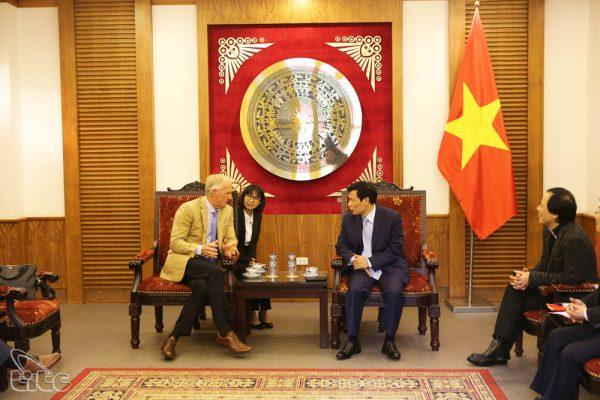 Thúc đẩy phát triển và quảng bá du lịch Golf ở Việt Nam