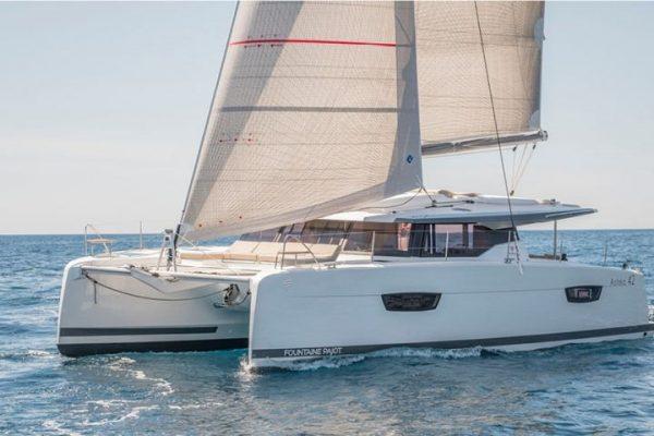Du Thuyền CATAMARAN Astréa 42 Mẫu Mới Nhất 2019