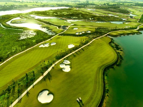 Booking Sân Gôn (Golf) West Lakes Golf & Villas Tại Long An
