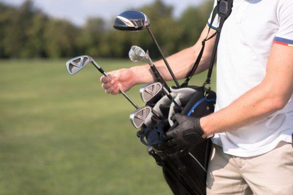 Hướng dẫnh cách hạ thấp những cú đánh gậy gôn (golf) sắt (iron) nếu bay quá cao