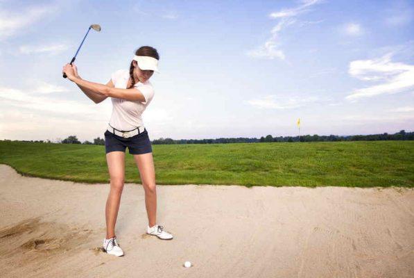 Hướng dẫn cách chọn giày golf nữ phù hợp nhất