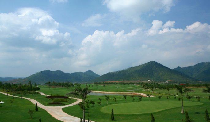 Sân Gôn (Golf) Minh Trí Hanoi Golf Club Tại Hà Nội