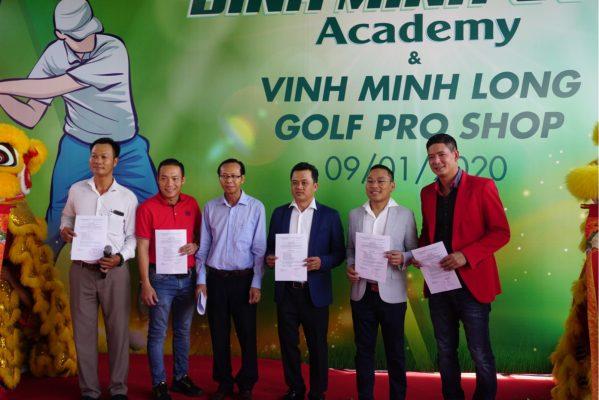 Bình Minh Golf Academy & Vinh Minh Long Golf Pro Shop Khai Trương Ở Sân Tập Golf Trần Thái