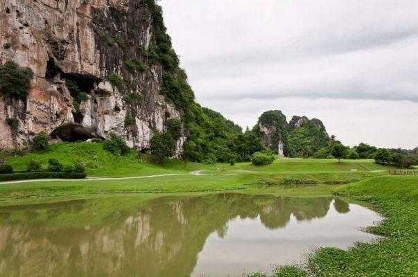 Địa Chỉ Sân Gôn (Golf) Phượng Hoàng Phoenix Golf Resort Tại Hoà Bình