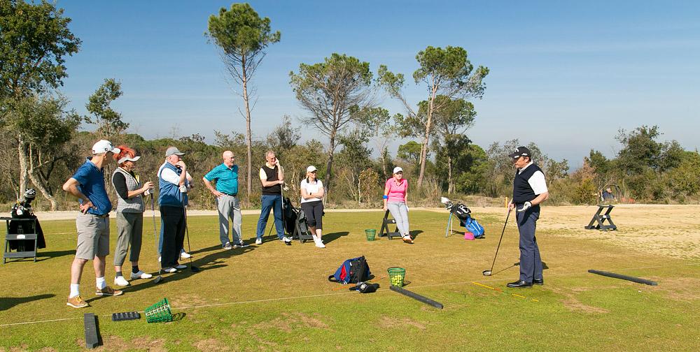 Chi phí học đánh golf trong năm 2020 khoảng bao nhiêu? Chơi Gôn (Golf) Có Gì Hay?