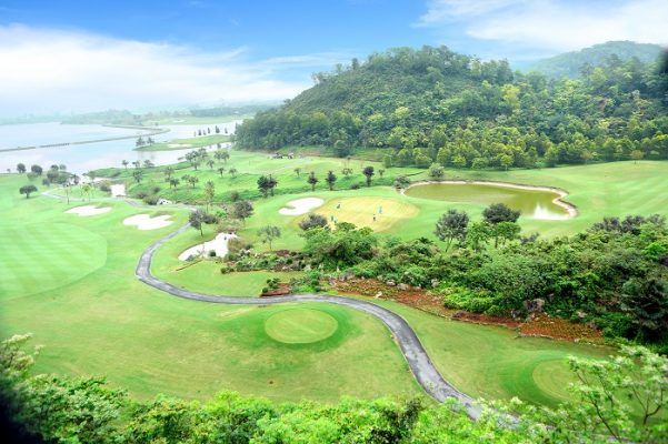 Cấm lợi dụng kinh doanh sân golf để tổ chức hoạt động cá cược, đánh bạc theo Nghị định 52/2020/NĐ-CP